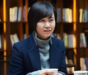 조남주 '82년생 김지영' 오늘의 작가상 수상